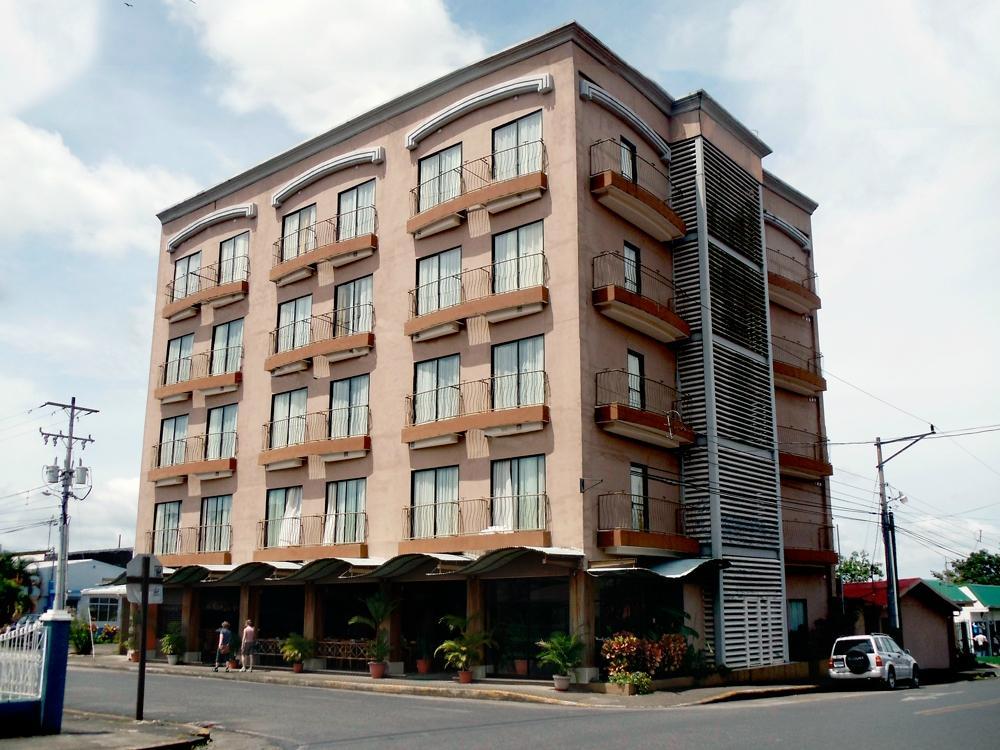 拉福耳圖那飯店