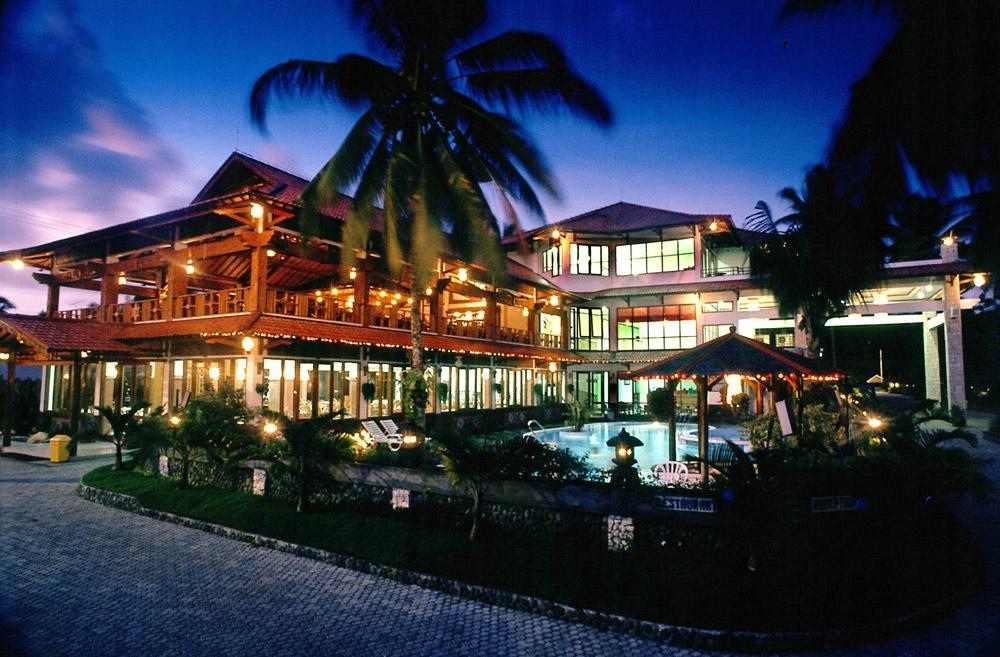 Hotel Surya Pesona Beach
