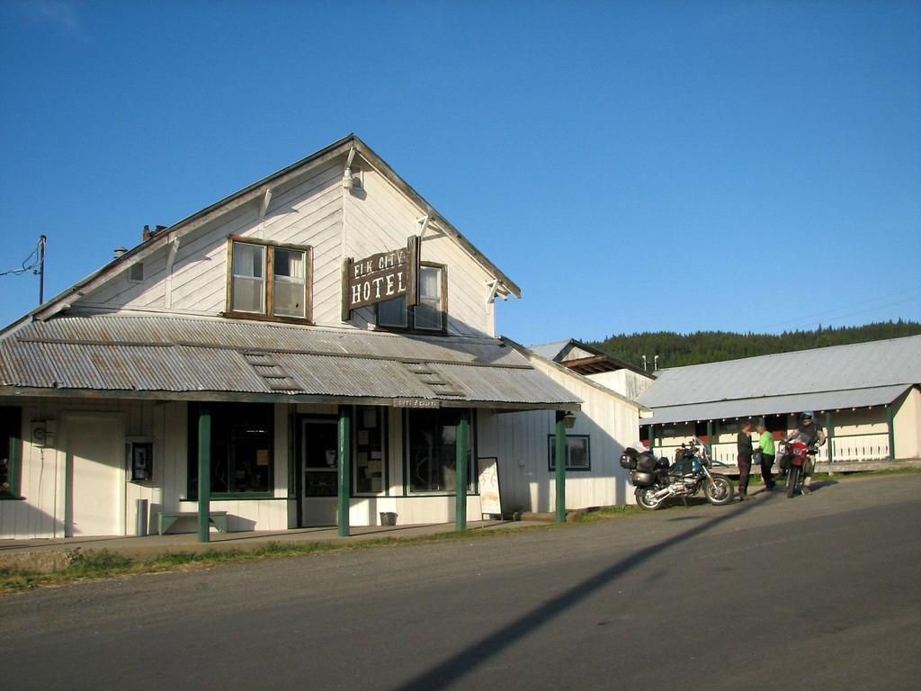 Elk City Hotel
