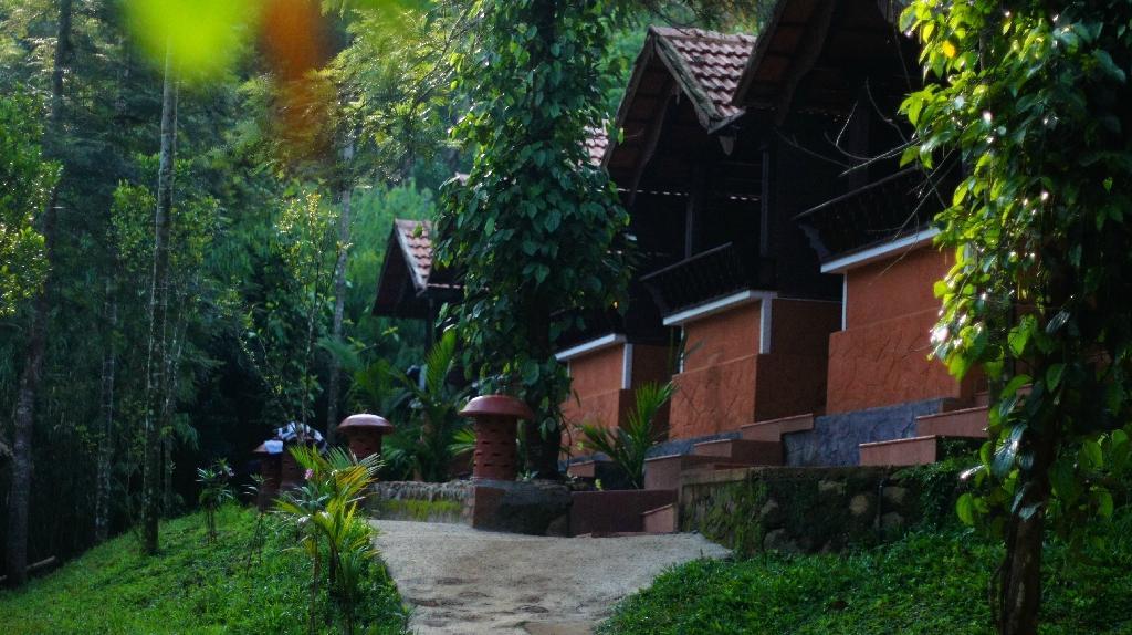 Silent Creek Resort