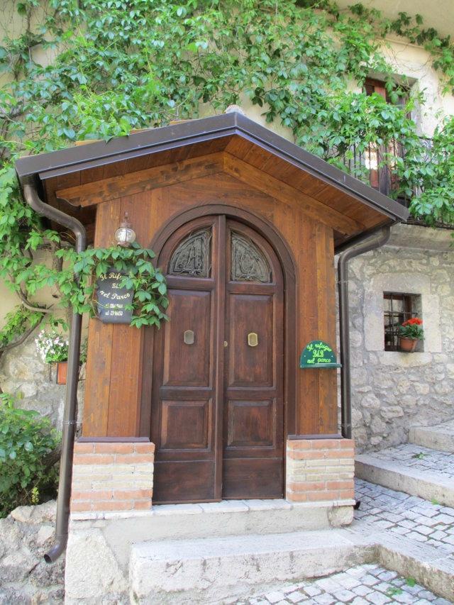 Villetta Barrea Italy  city images : Il Rifugio nel Parco Villetta Barrea, Italy 2016 B&B Reviews ...