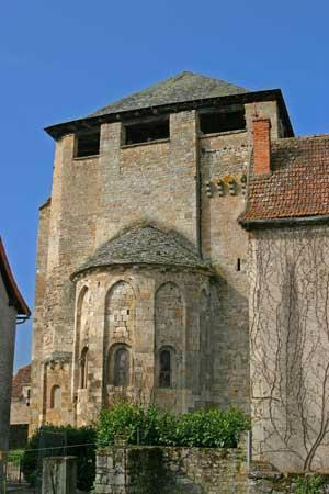 St-Pierre-Toirac Church