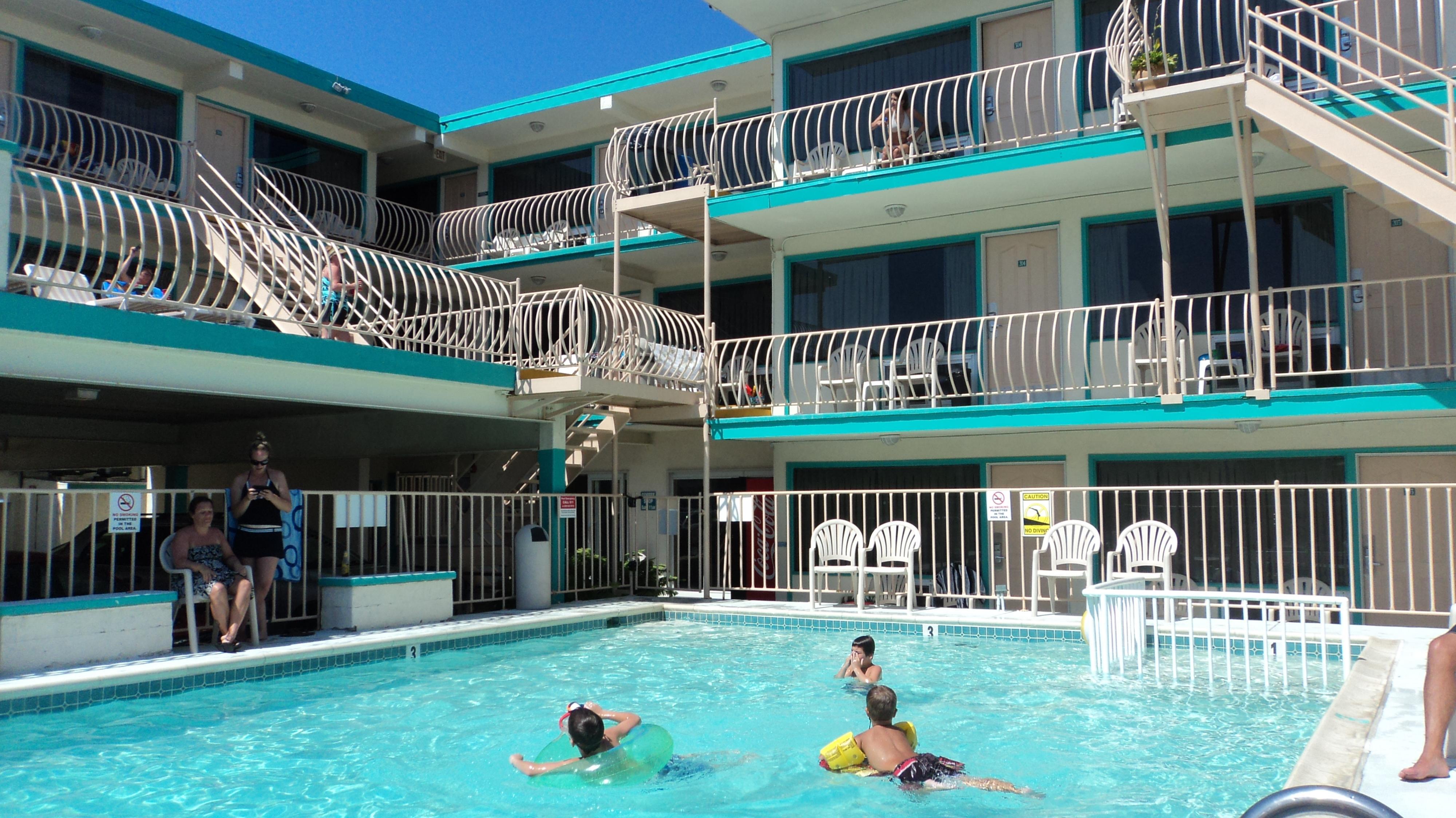 Condor Motel