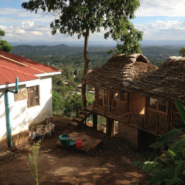 Arusha Hostel Lodge & Adventures