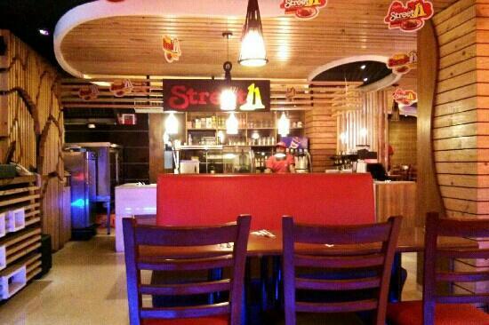 Street 11 Restaurant