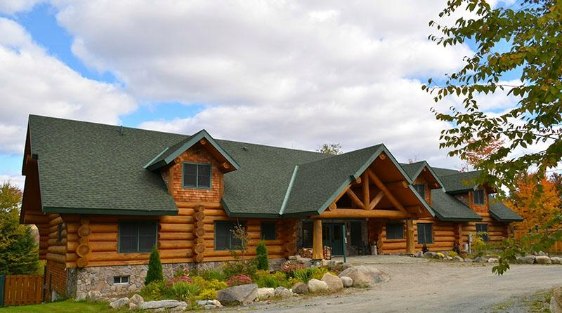 ‪Bear Mountain Lodge‬