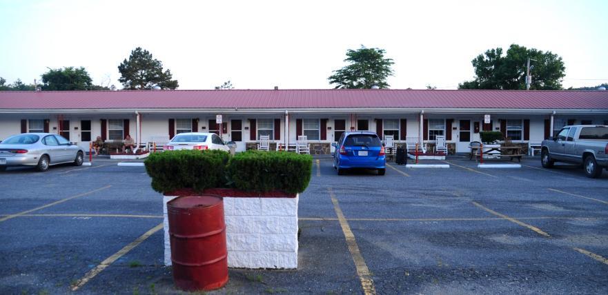 Crystal Inn Hotel and Restaurant