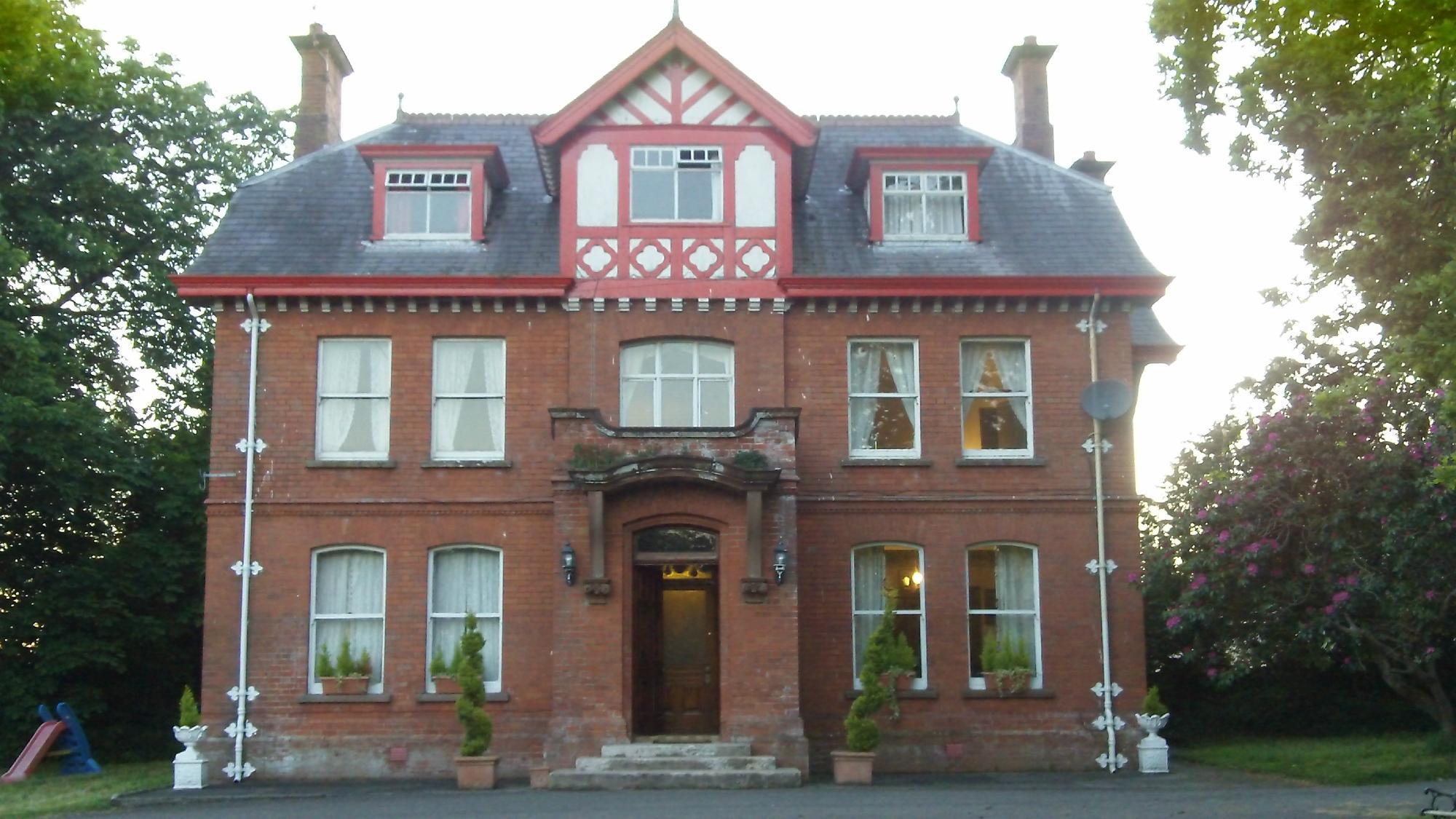 Glendona House