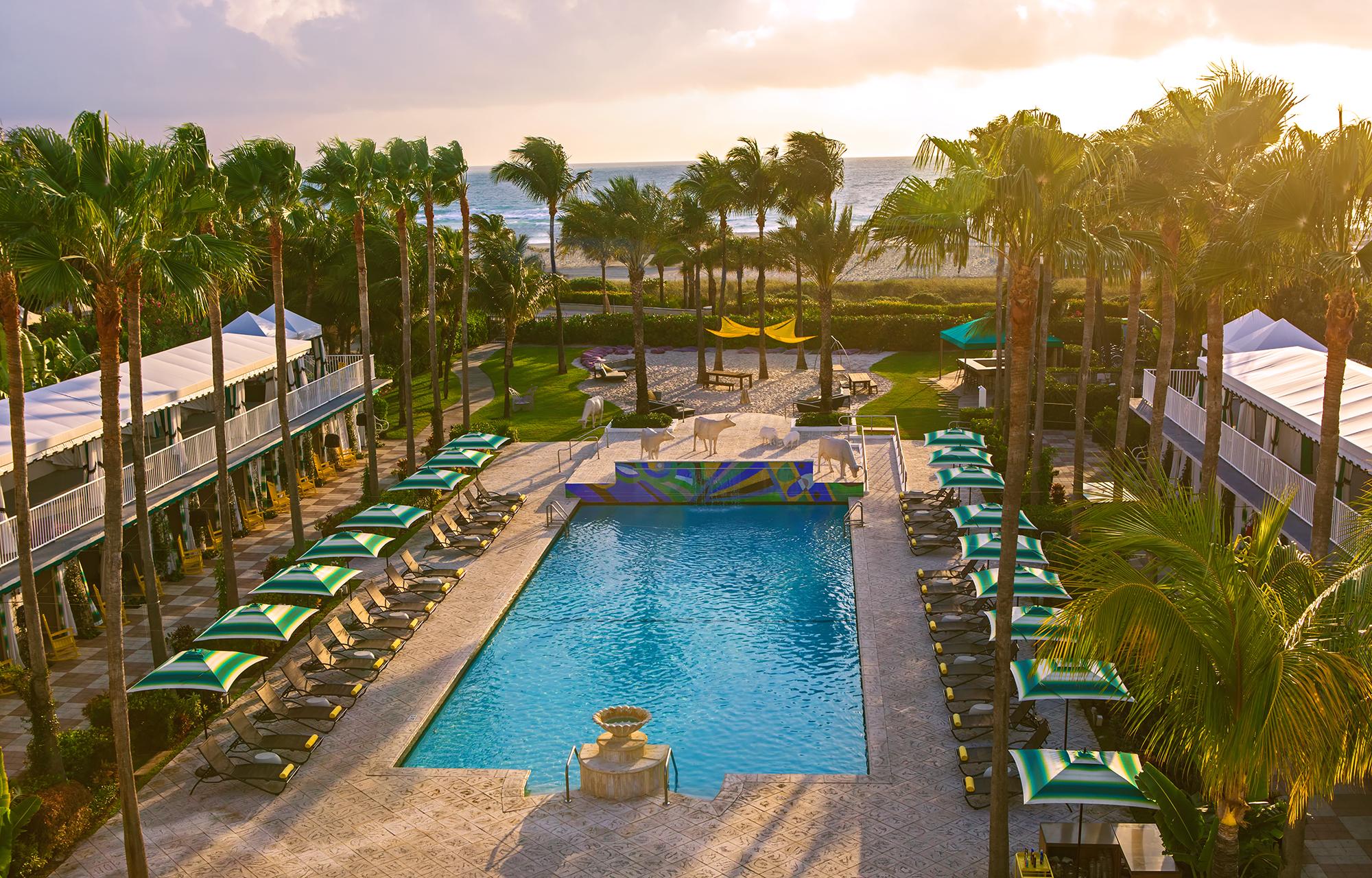 ダブルツリー サーフコンバー ホテル マイアミ サウスビーチ