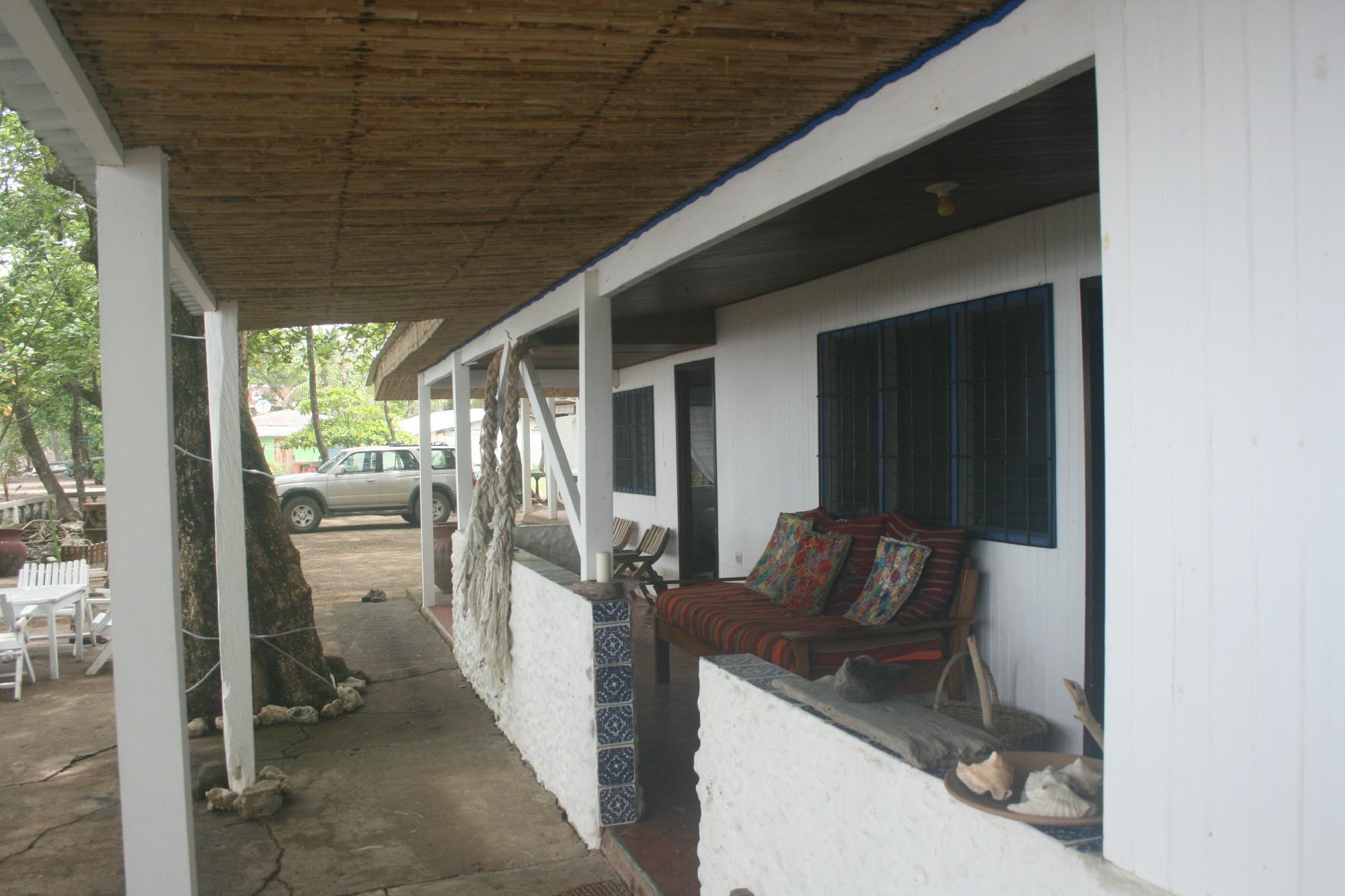 Casa Pacifica Hotel