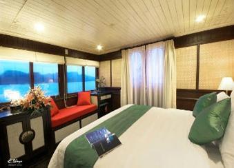 Hotel Bai Tu Long