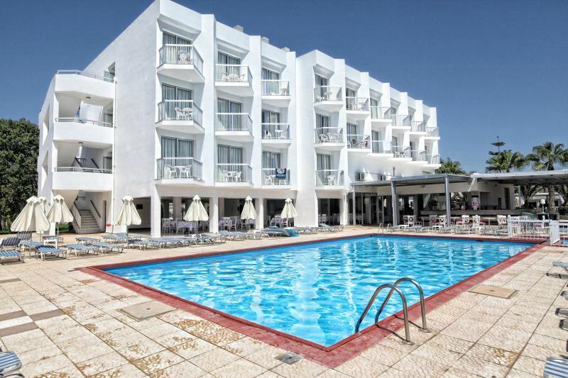 스마트라인 나파 초코스 호텔