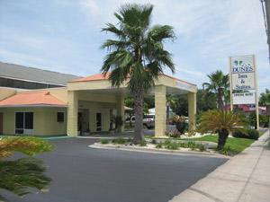 Dunes Inn & Suites