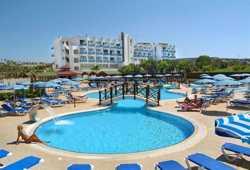 Polycapria Hotel