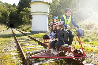 Dresinsykling pa Flekkefjordsbanen Day Tours