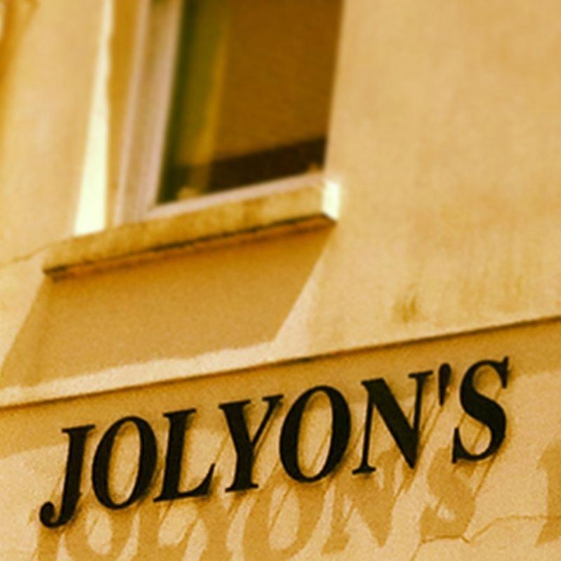 Jolyon's Boutique Hotel