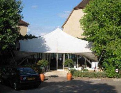 Inter-Hotel le Relais de Castelnau