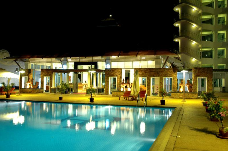 Independence Hotel, Resort & Spa