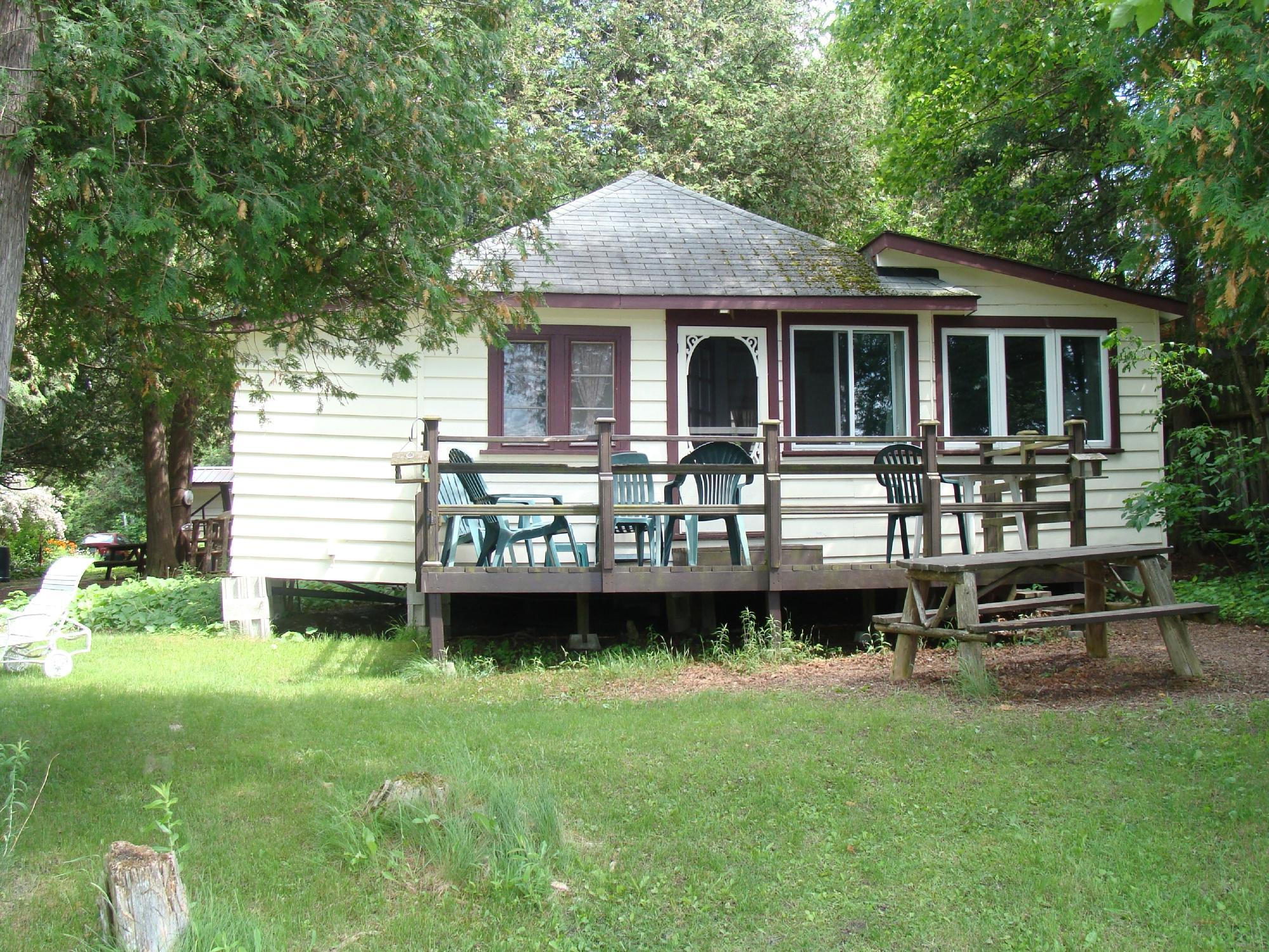 Prestwood Cottages