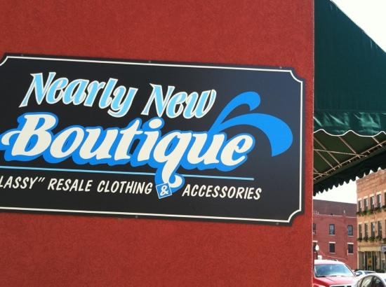 ‪Nearly New Boutique‬