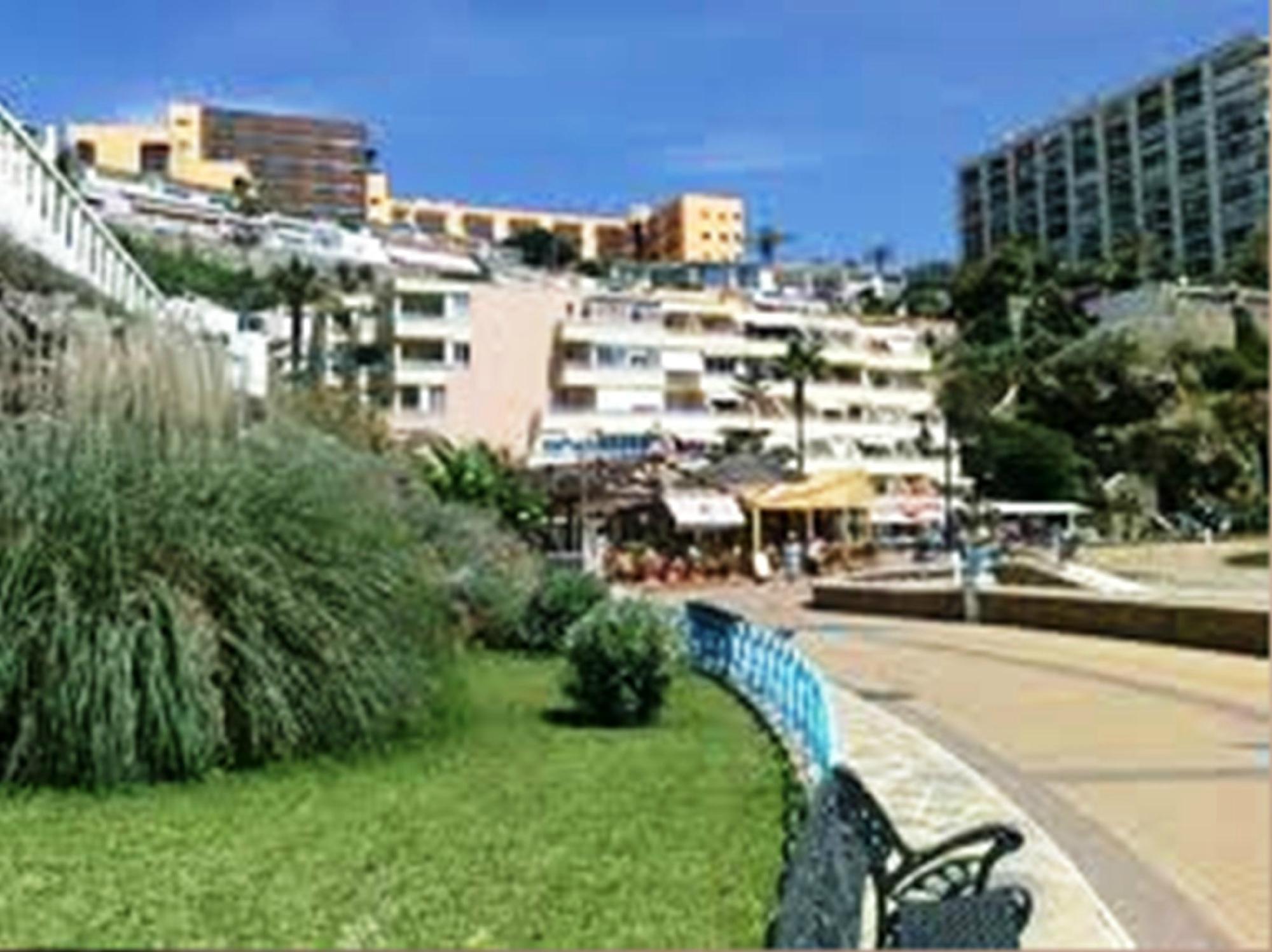 Apartamentos Roca Chica