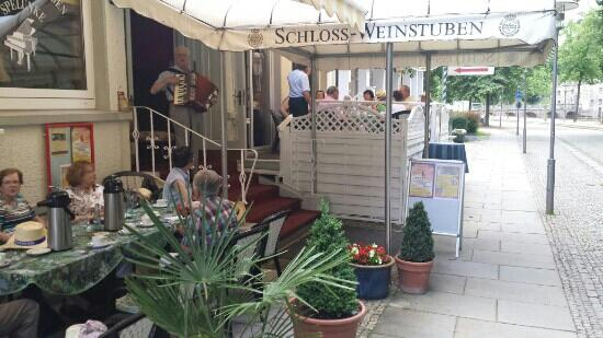 Schloss Weinstuben mit Jazzkeller Spelunke
