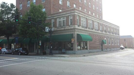 Baron's Pub