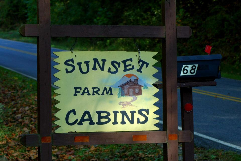 ‪Sunset Farm Cabins‬