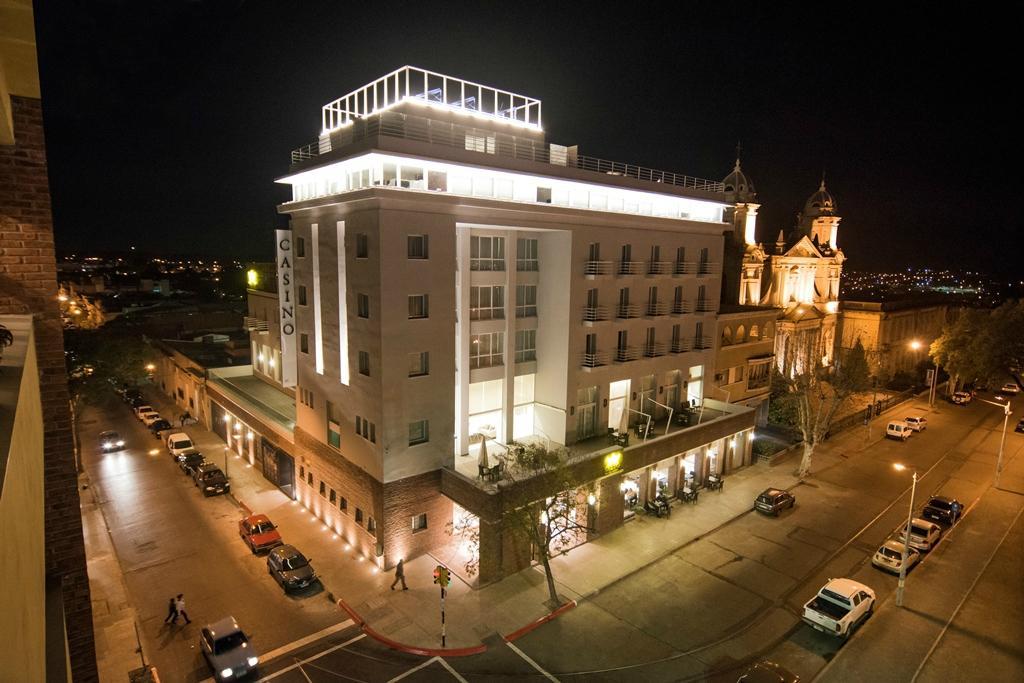 サルト ホテル & カジノ