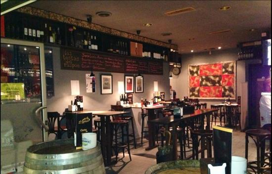 El Raspon Bar-Vinos