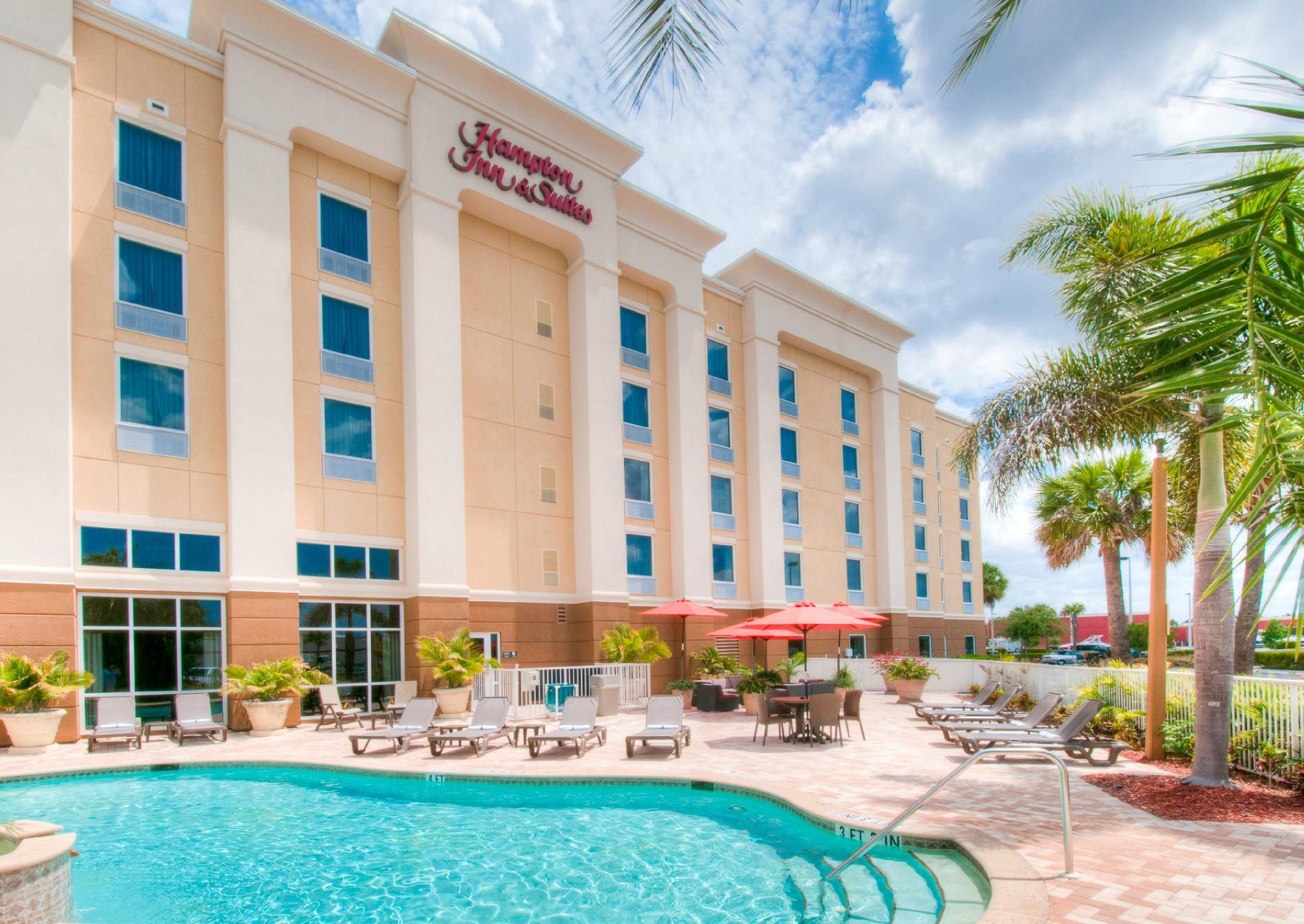 Hampton Inn Suites Fort Myers Colonial Blvd Photo