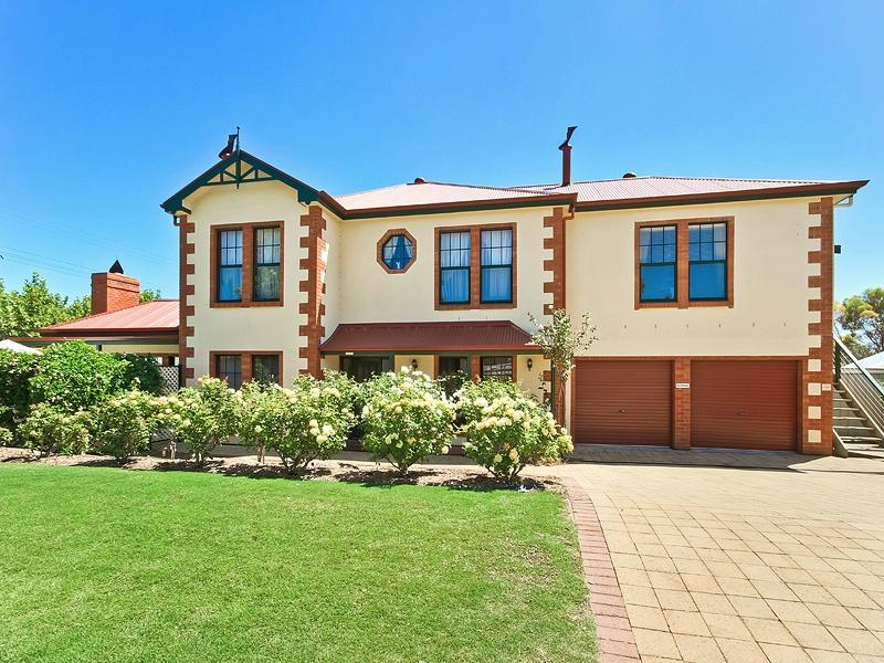 Wine And Roses Bed And Breakfast Mclaren Vale Australien