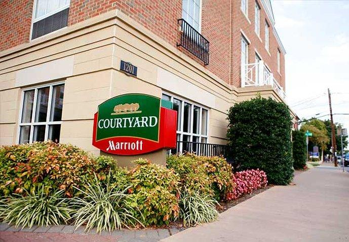 Courtyard by Marriott Charlottesville - University Medical Center