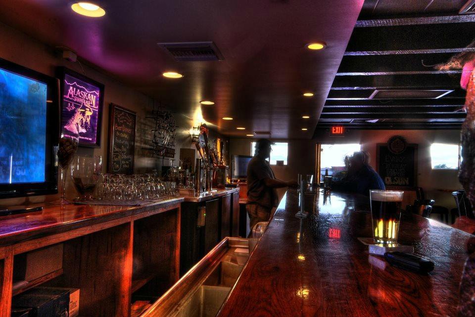 Handlebar Pub And Grill