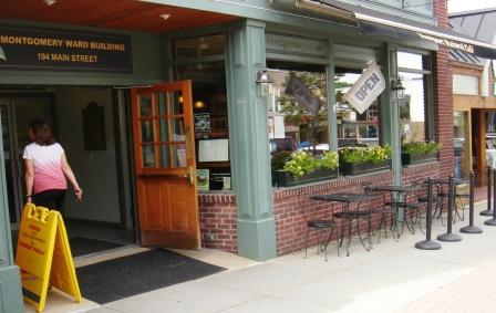 Newport Natural Market and Cafe