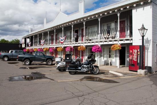Rustler's Inn