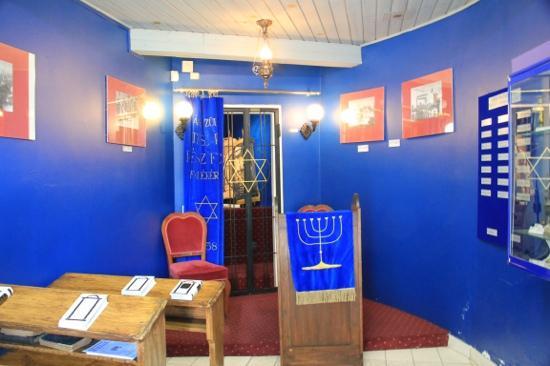 Szanto Memorial House