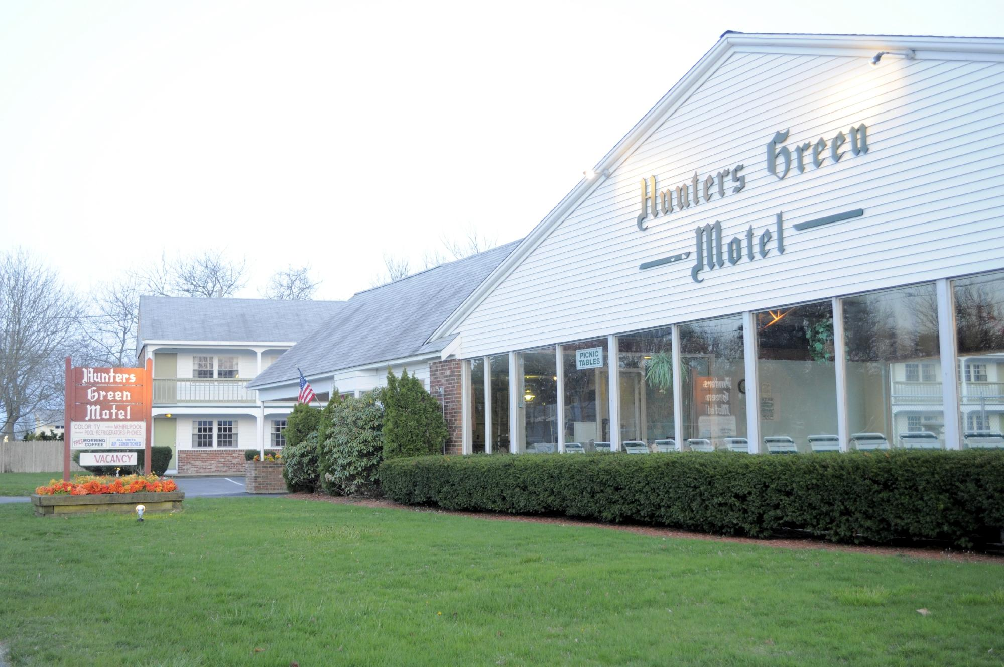 Hunters Green Motel