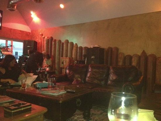90 Mile Lounge