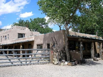 Casa Grande Trading Post & Petting Zoo