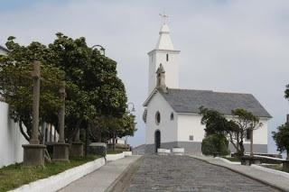 Capilla de la Atalaya y Faro