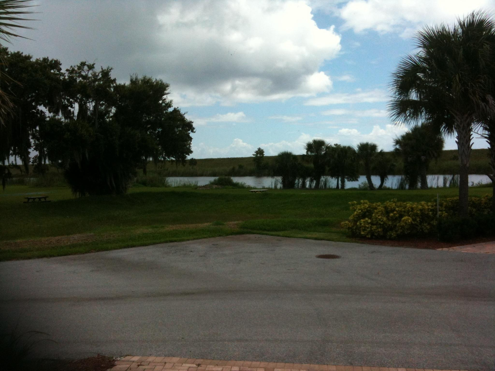 Water's Edge Motorcoach & RV Resort