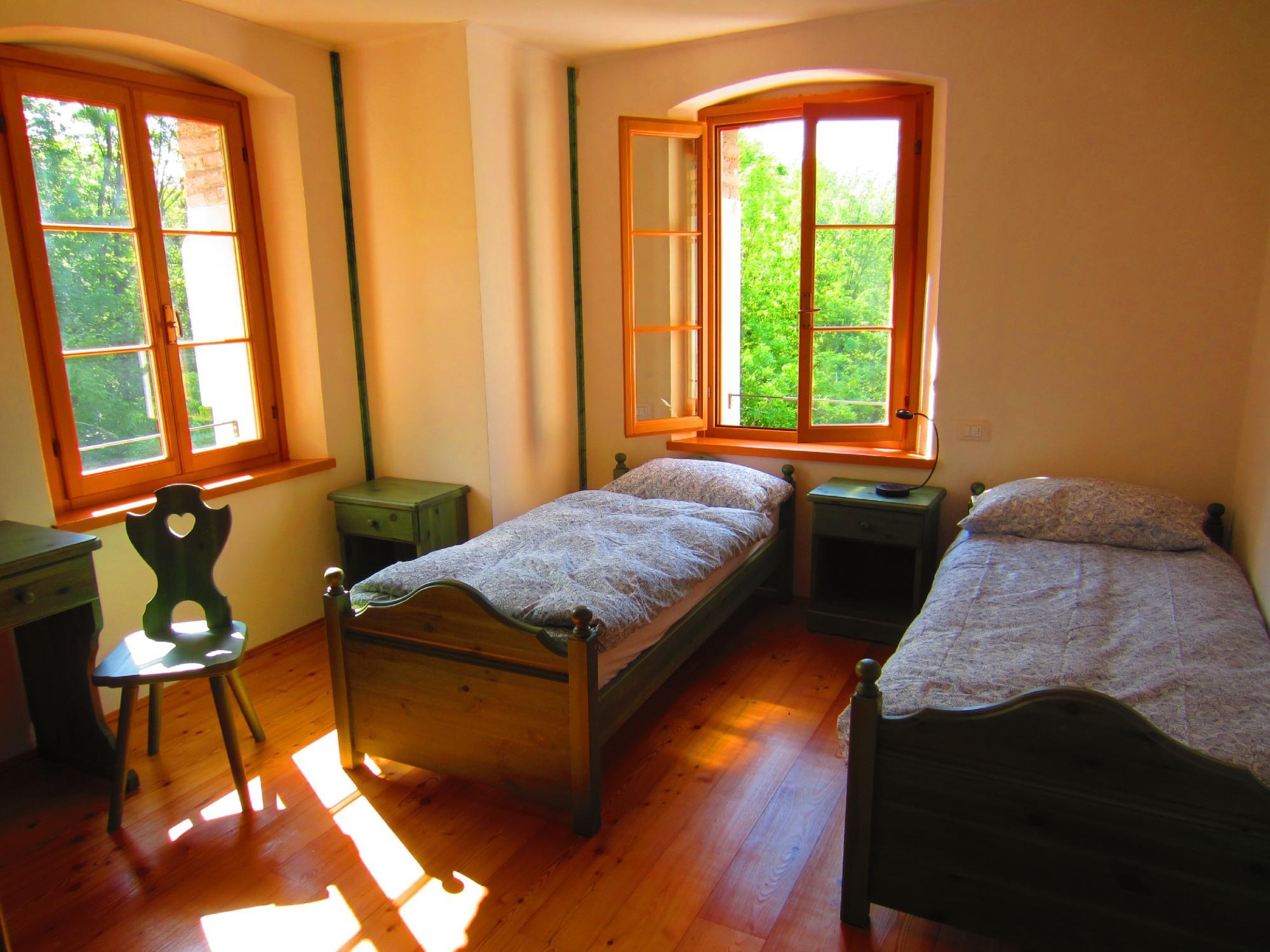 Altanon Hostel