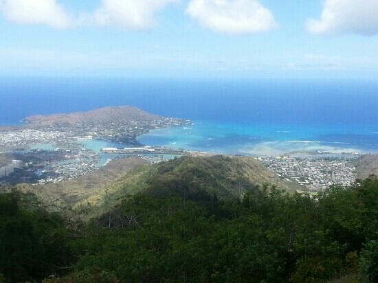Kuliouou Ridge Hike