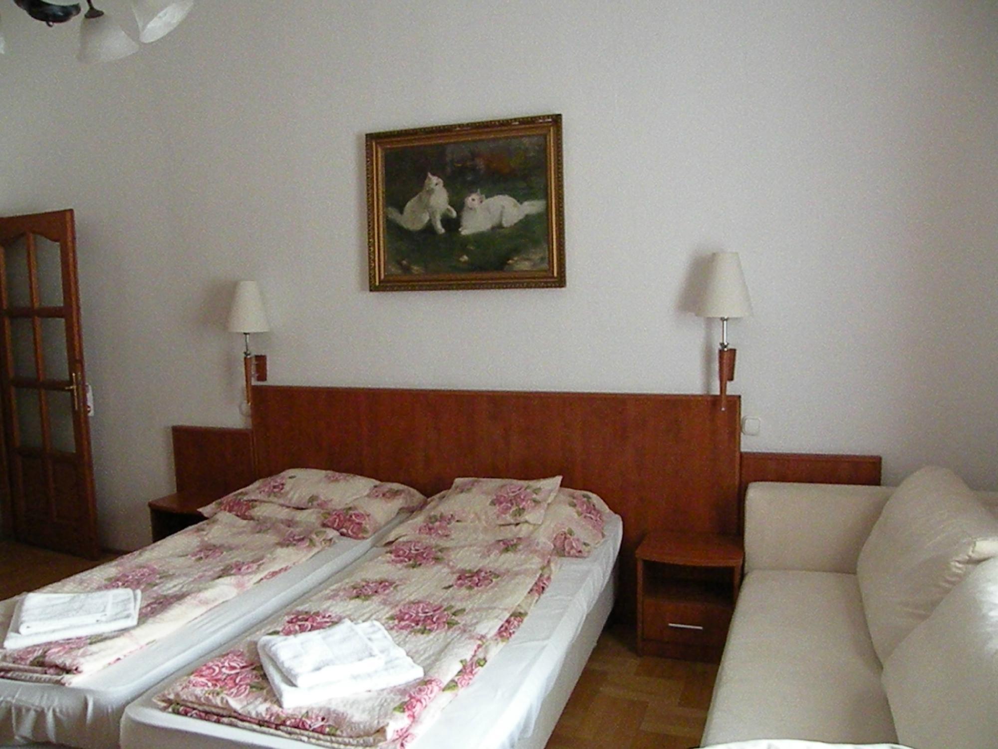 Vorossipka Hotel