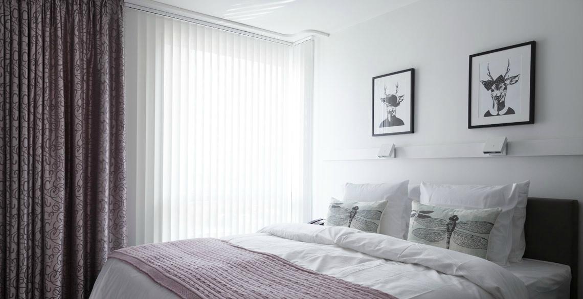 bedroom (70447458)