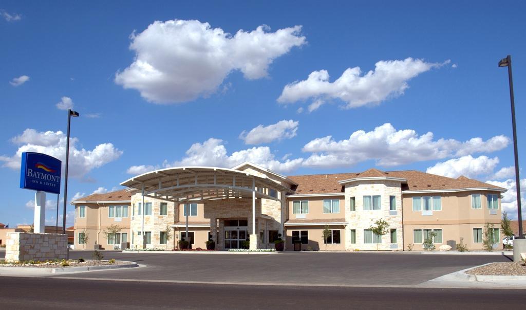 Hobbs (NM) United States  city photos gallery : Baymont Inn & Suites Hobbs NM Prices, Photos & Hotel Reviews ...