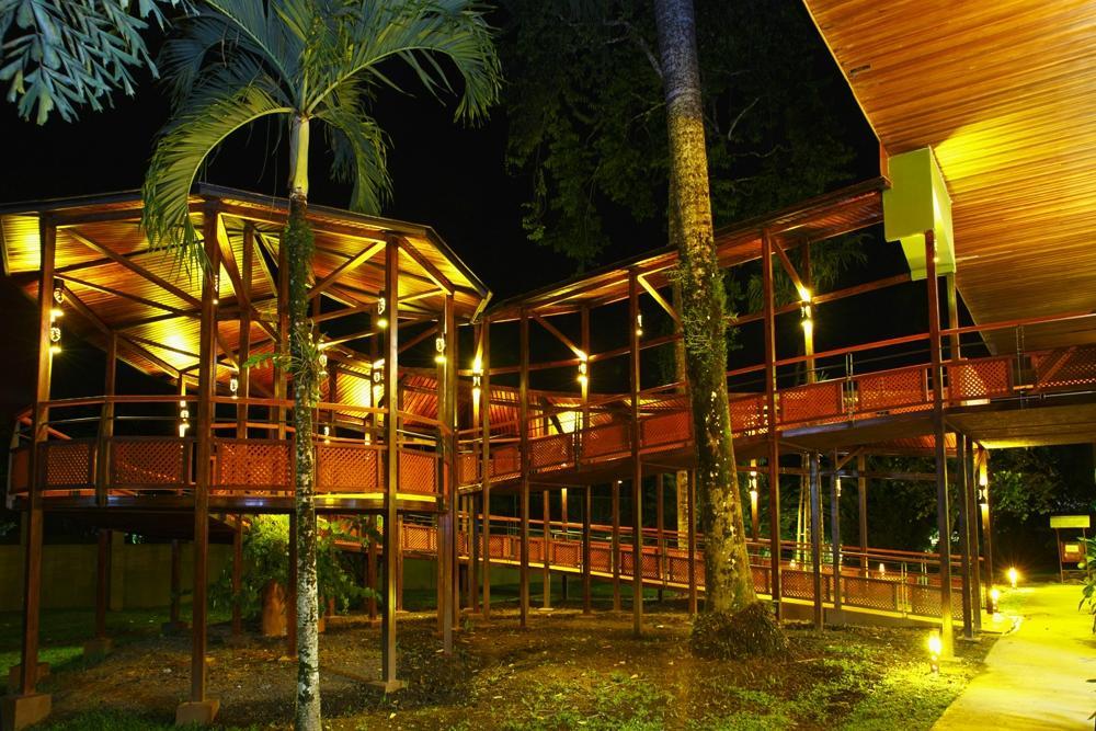 蒂拉雅里渡假村飯店暨會議中心