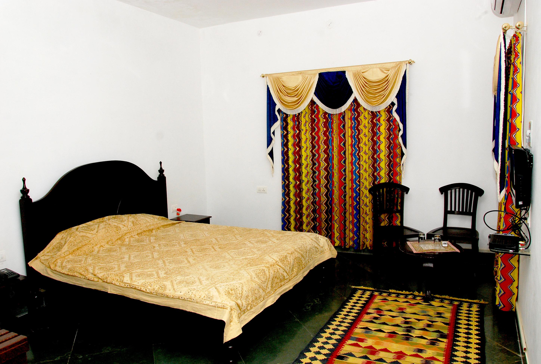 Chandra Hill Resort