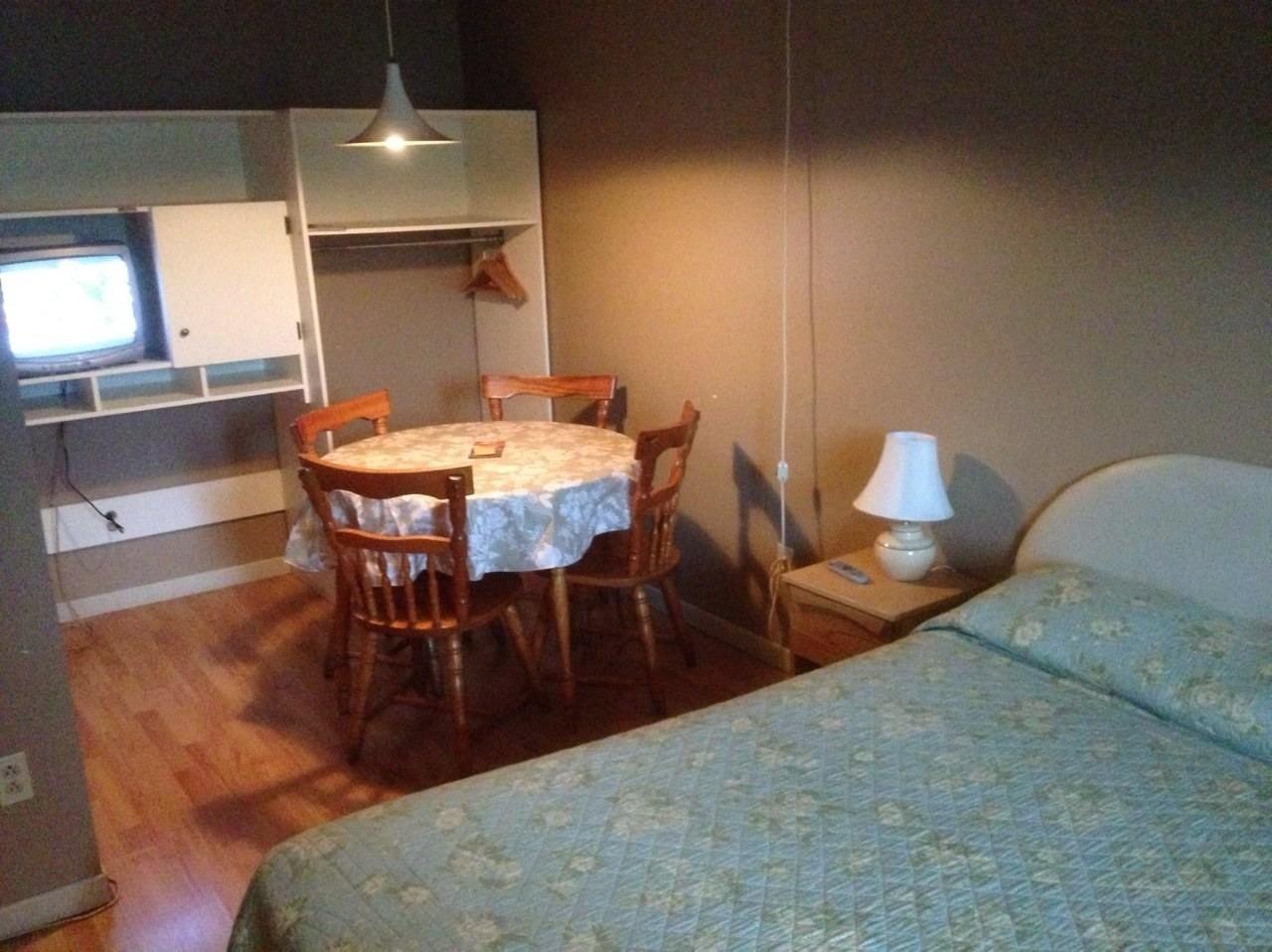 Maison Chez Laurent Hôtel (Baie-Saint-Paul) : voir 18 avis et 9 photos